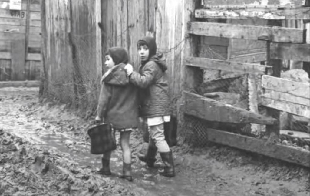 Enfants bidonville Nanterre
