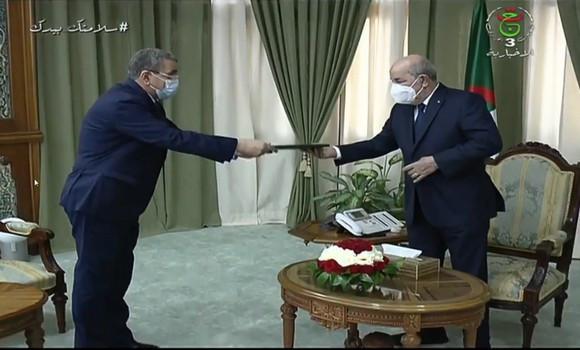 Le Premier ministre algérien Abdelaziz Djerad remet sa démission au Président Abdelmadjid Tebboune