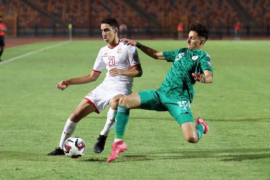 La sélection algérienne des U20 s'impose en demi-finale de la Coupe arabe des nations face à la Tunisie (2-0)