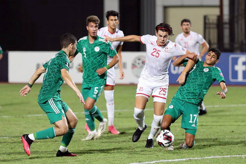 La sélection algérienne de football U20 s'impose face à la Tunisie en demi finale de Coupe arabe et se qualifie pour la finale.
