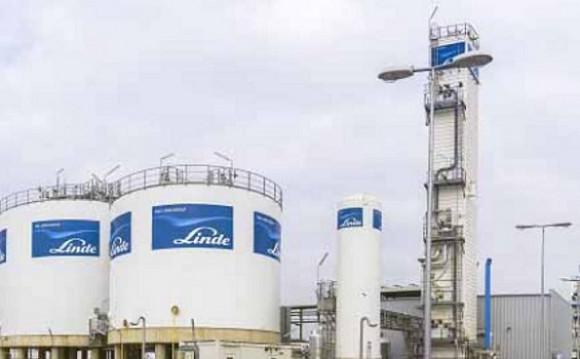 Société Linde Gas Algérie qui produit de l'oxygène.