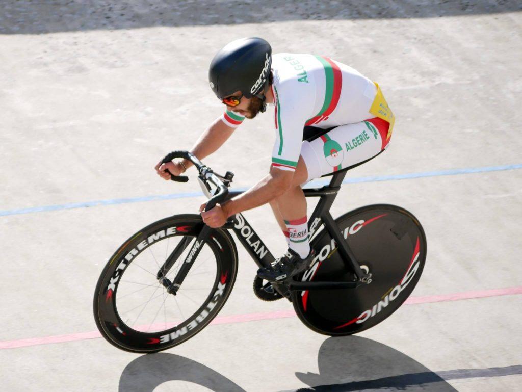 Yacine Chalel sur la piste est le leader mondial de la course à élimination