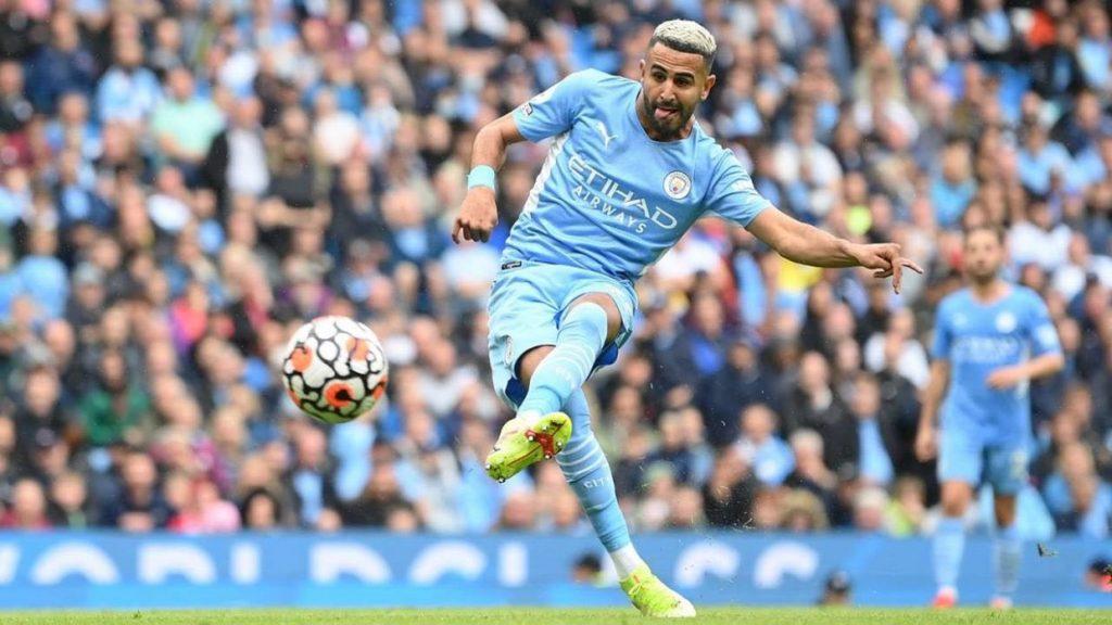 Ryad Mahrez inscrit le 5è but de Manchester City face à Norwich